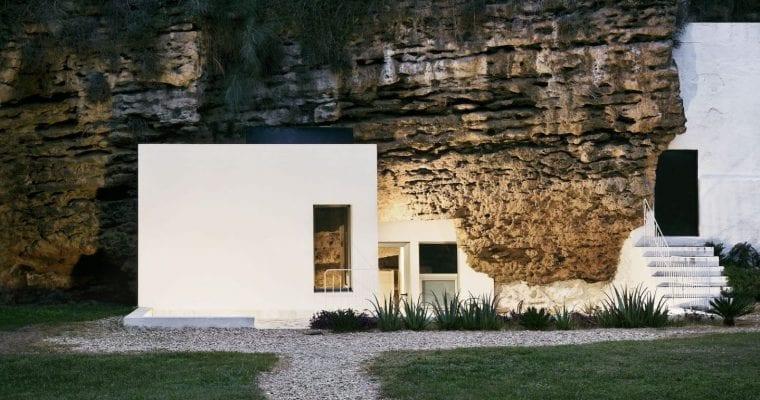 Cuevas Del Pino