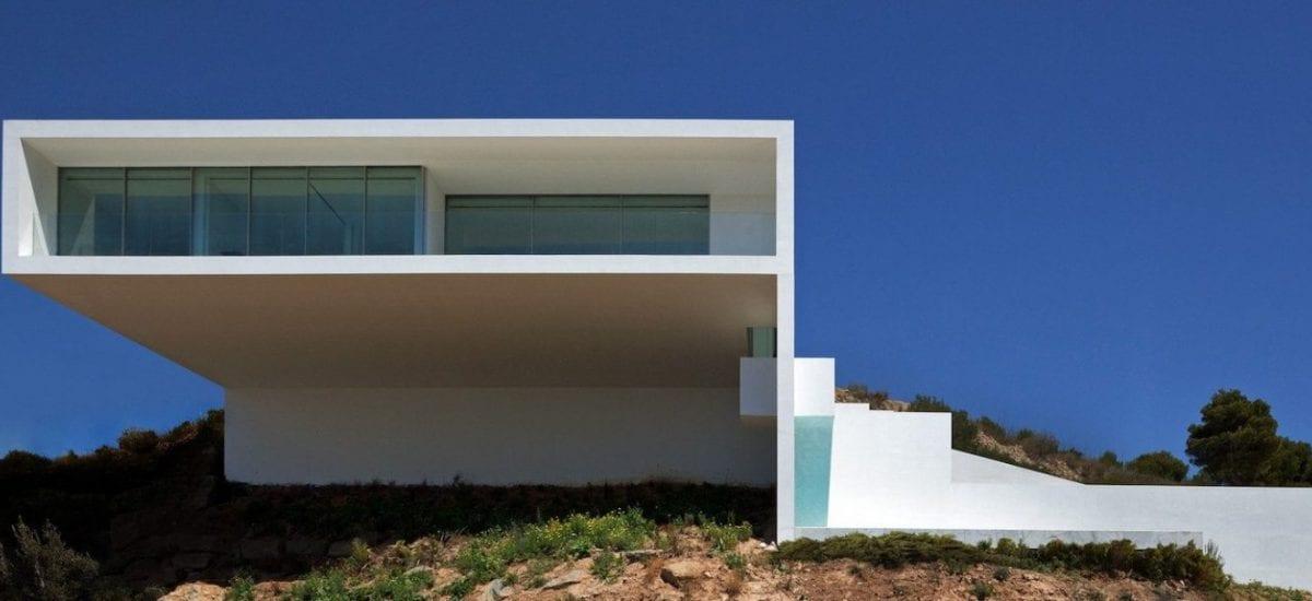 Casa del Acantilado (House on the Cliff)