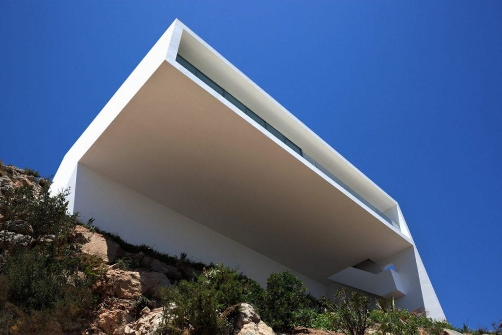 House on the Cliff from below